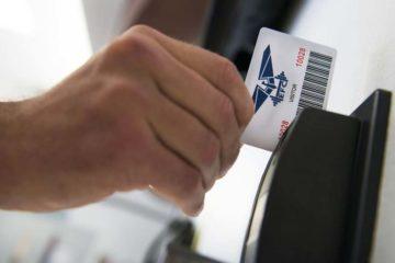 Kontrola dostępu- czytnik kart magnetycznych